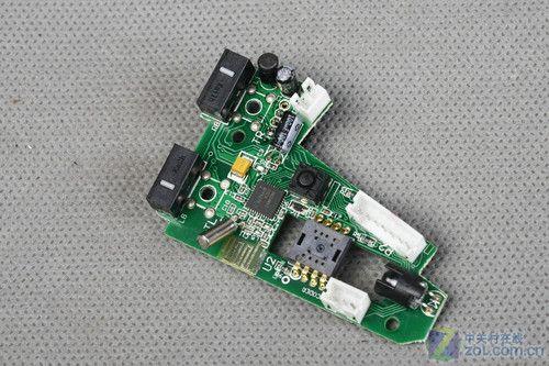 套装鼠标采用两块pcb电路板,左右按键采用了kailh(凯华)白点微动