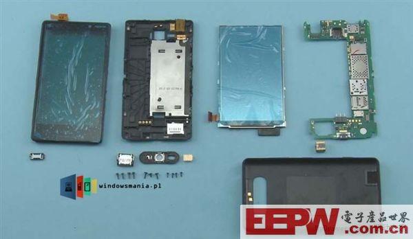 Lumia 820也被提前拆解了